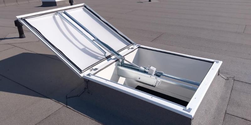 smoke heat extraction skylight domes solidome photo